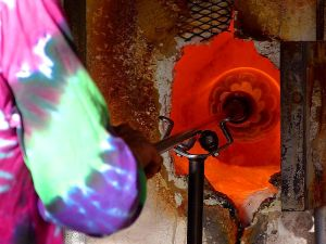 Glass blowing at the Spanish village art center (Jon Sullivan)